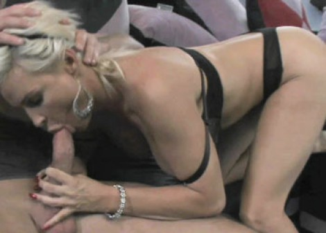 Hot mom Diamond fucks a younger guy